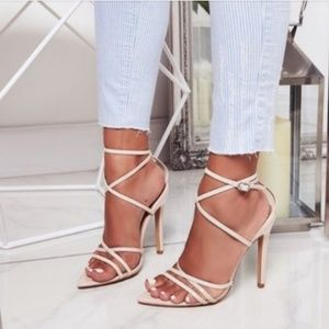 Shoes - 💜Lavender Pointy Heel Sandals💜